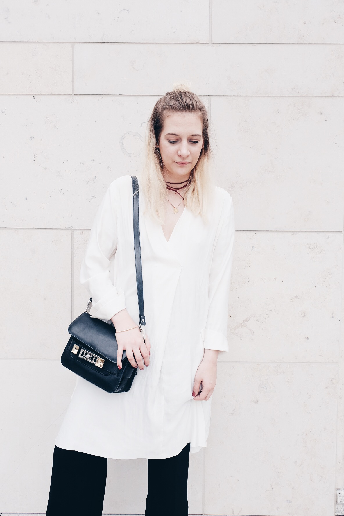 Blogger, Girl, Chocker, Outfit, Black and White, Proenza Schouler, Samsoe Samsoe, Minimalism, Weekday