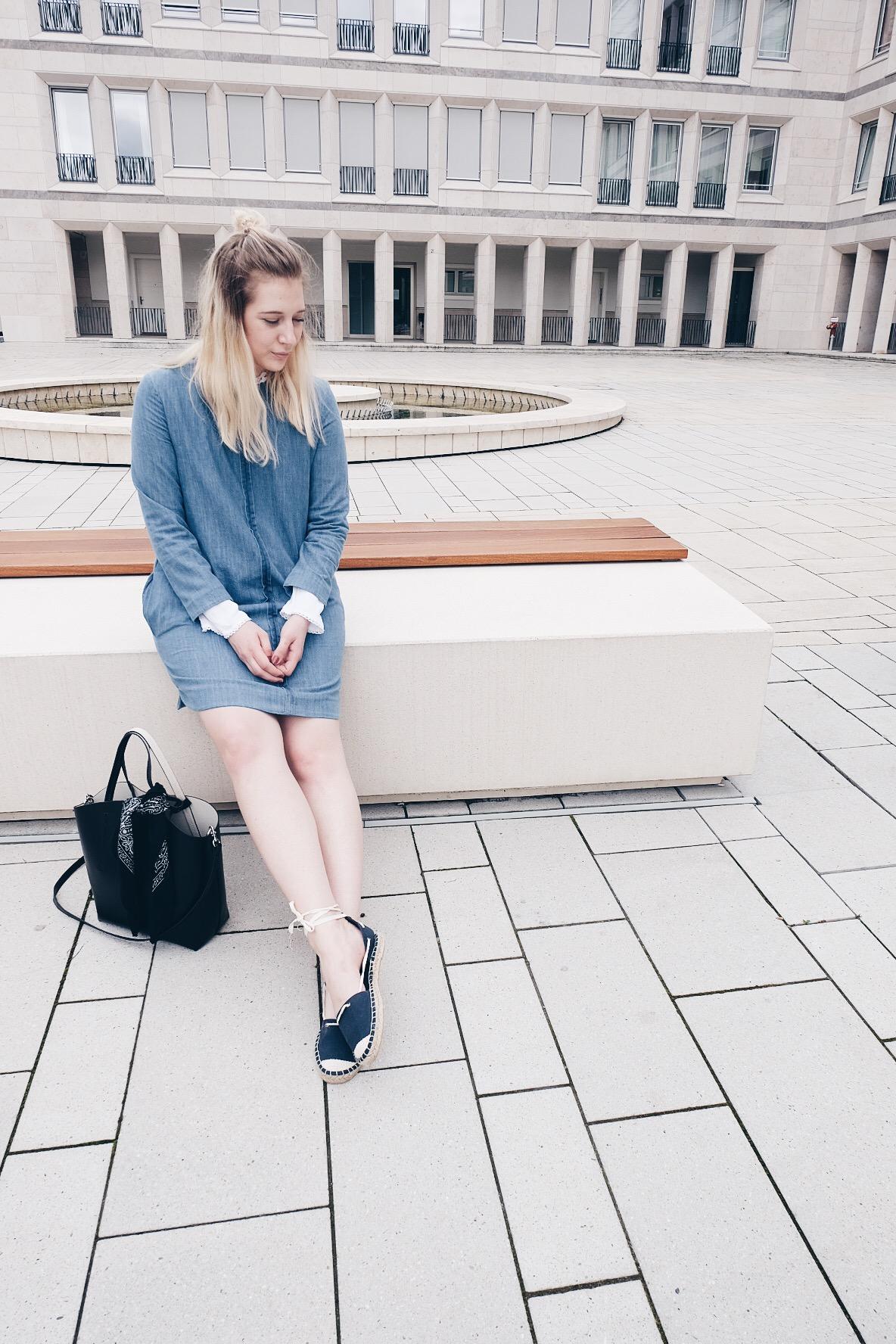 Outfit: Denim und Spitze