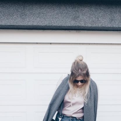 Outfit Layering Acne Canada Half Bun Girl